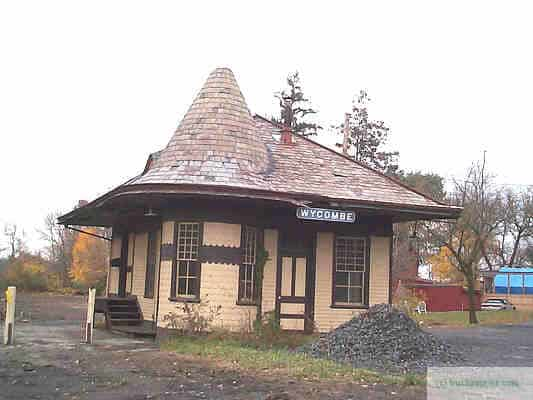 Wycombe Station on the New Hope - Ivyland Line circa 2005