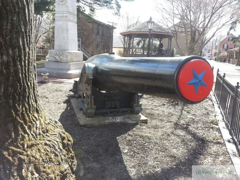 Civil War Canon in Lambertville
