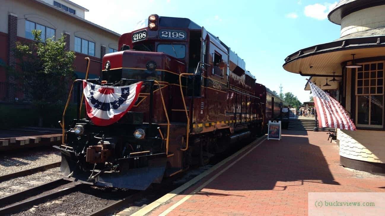 Engine 2198 at the New Hope Station with Red White and Blue bunting
