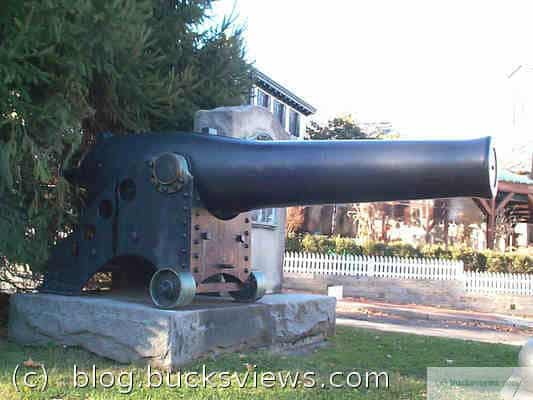 The Civil War Canon in the center of New Hope