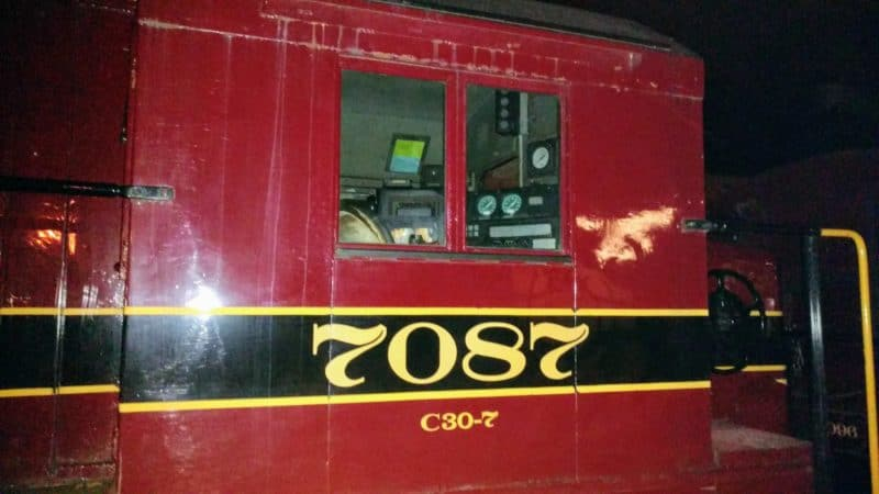 Engine 7087 cab - New Hope Station - Sept 2016