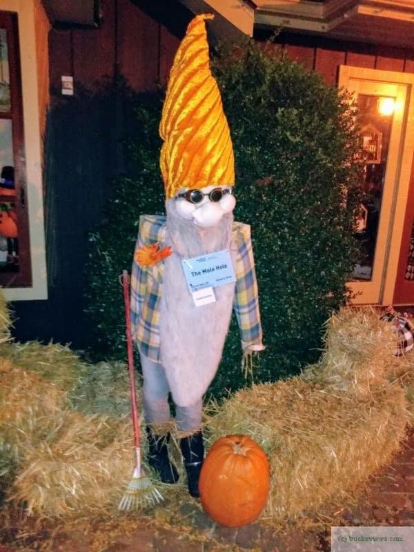 The Mole Hole Scarecrow - Peddler's Village 2019