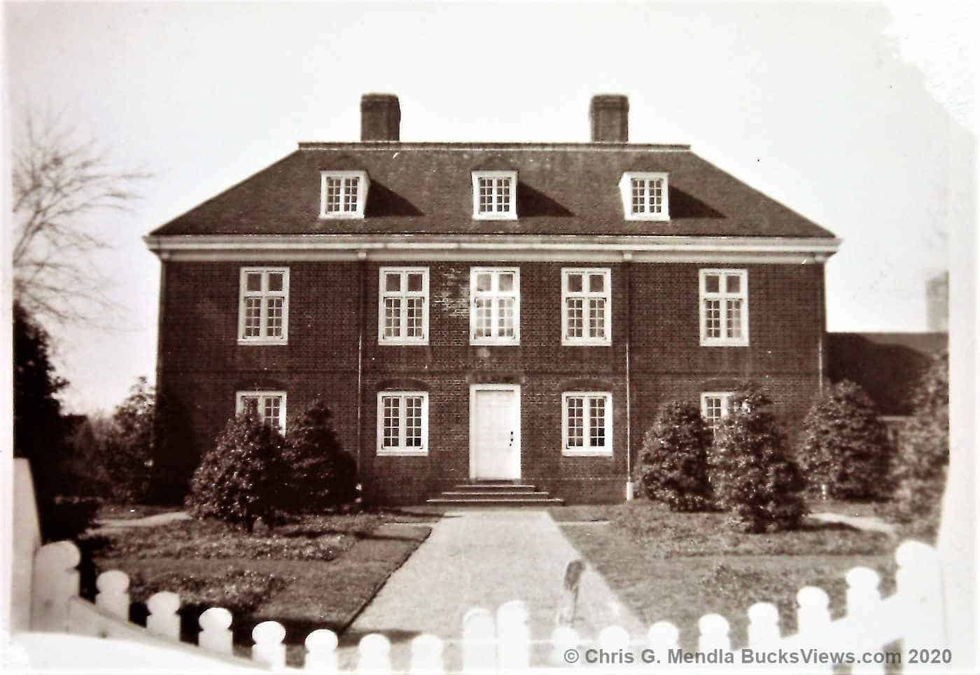 Pennsbury Manor - Front view - 1950's
